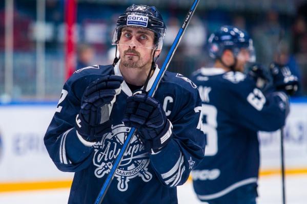 37-летний Сергей Коньков провёл минувший сезон во владивостокском «Адмирале» и был капитаном команды