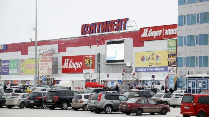 После трагедии в Кемерово Бурков поручил проверить все омские торговые центры