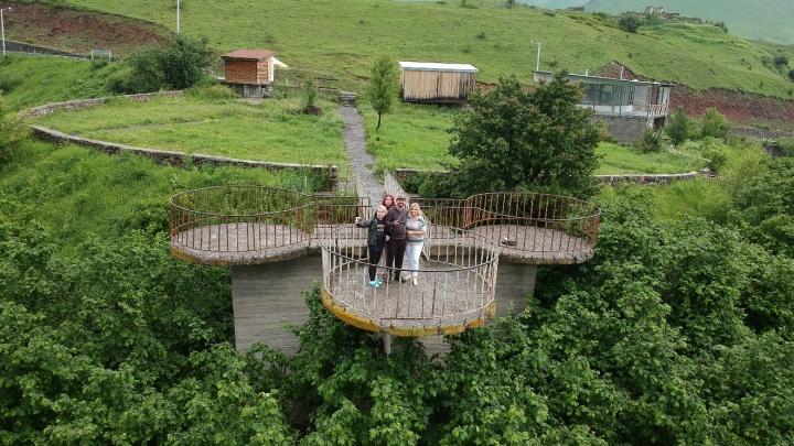 «Русские ничего не боятся»: семья из Екатеринбурга доехала до Турции на машине. Через Грузию