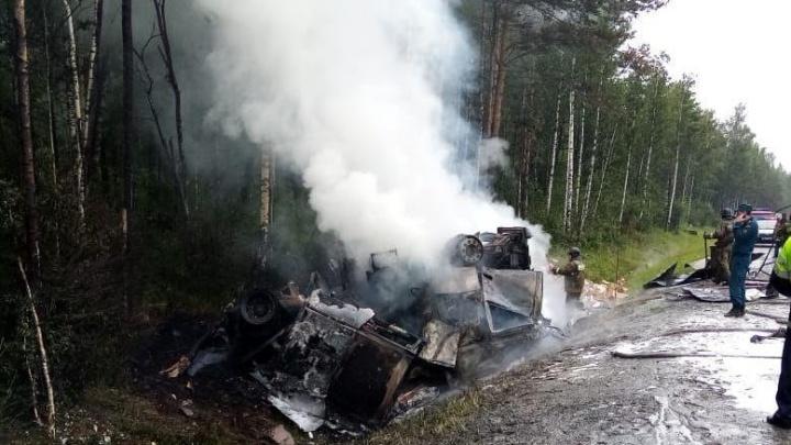 В Минздраве рассказали о состоянии водителя фуры, загоревшейся на трассе М-5 в Челябинской области