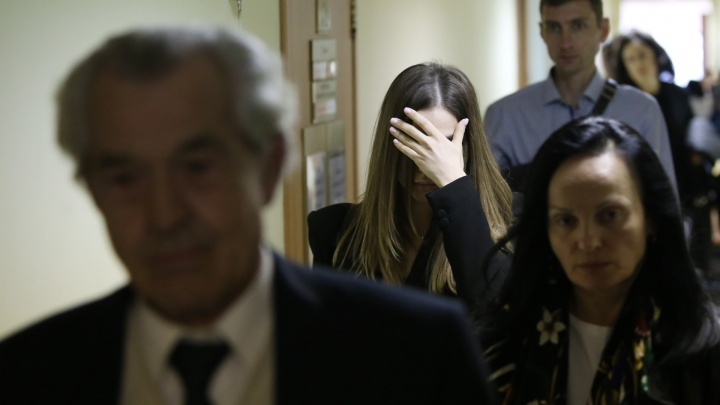 Извинилась по почте: суд прекратил дело челябинской студентки, насмерть сбившей на Mercedes пешехода