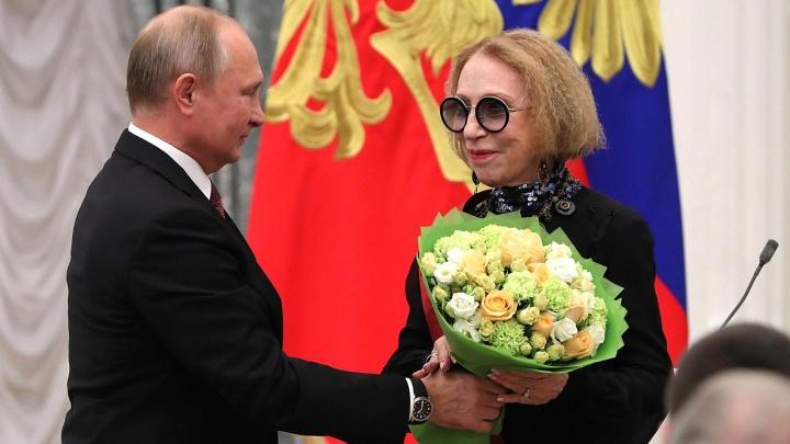 Уроженка Башкирии актриса Инна Чурикова попала в реанимацию после падения со сцены