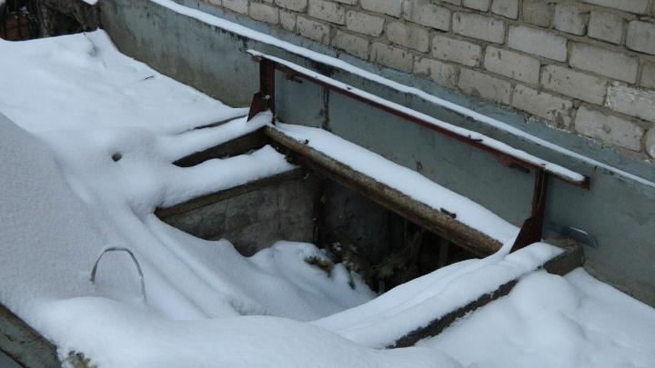 ЧП в пермской гостинице: «Одна труба была срезана, а дыру в подвал просто закрыли гипсокартоном»