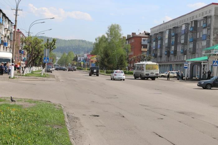 В Кузбассе улицу с 12-летним ремонтом капитально отремонтируют ко Дню шахтёра (фото)