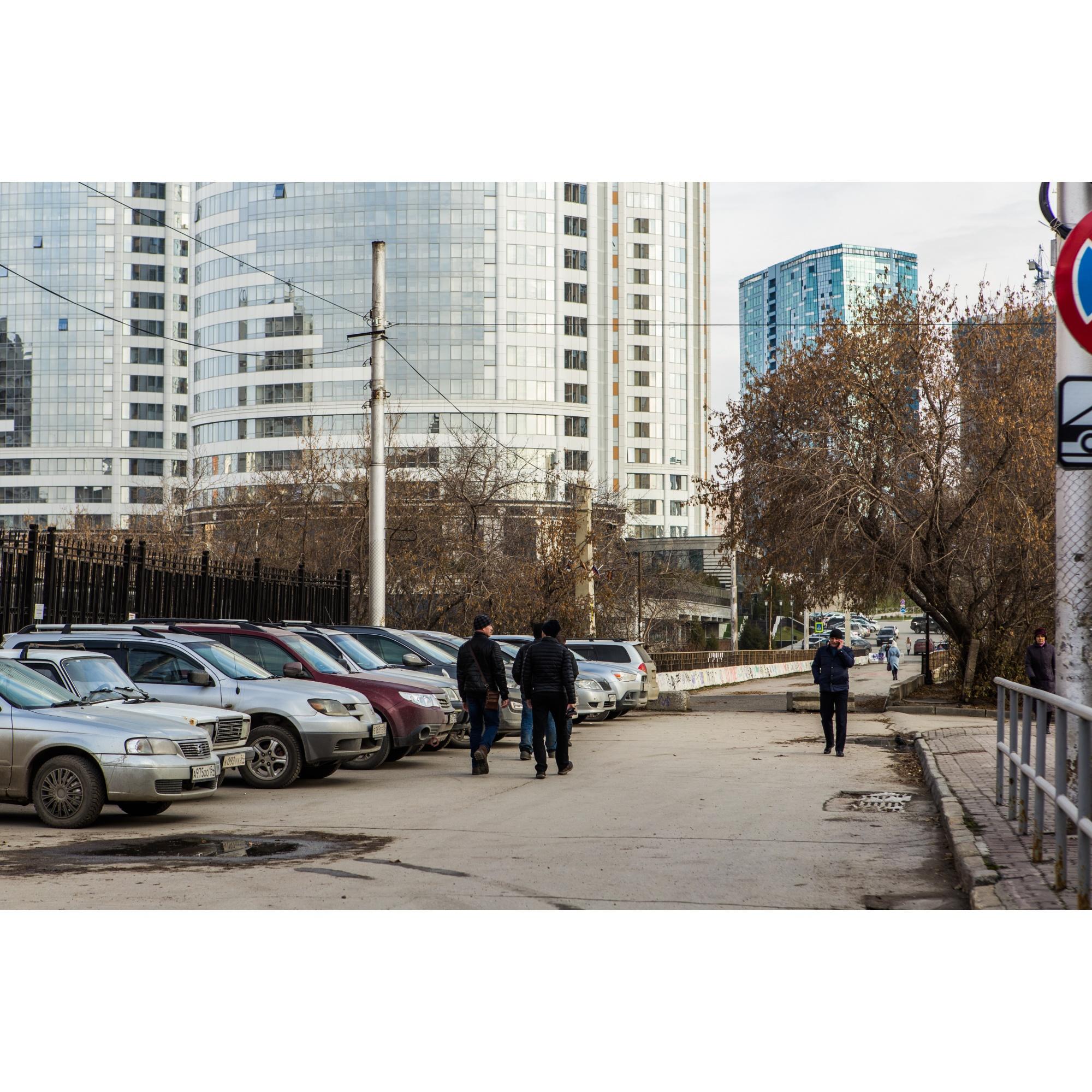 Через мост кратчайший путь из центра до метро «Октябрьская»