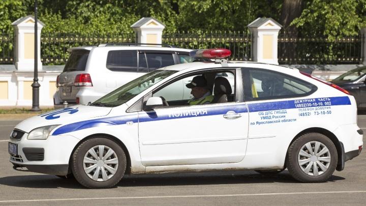 Три наряда полиции больше пяти часов гонялись по Ярославлю за «Хондой» из-за денег