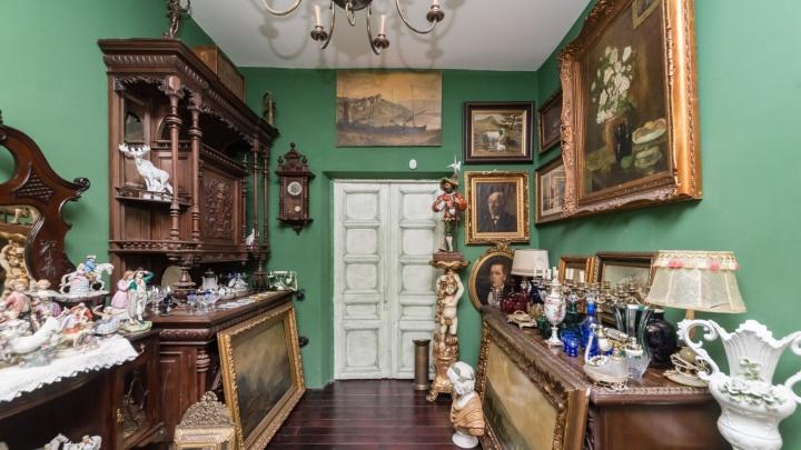 Никто не хочет брать: в центре Ярославля дёшево продают квартиру-музей