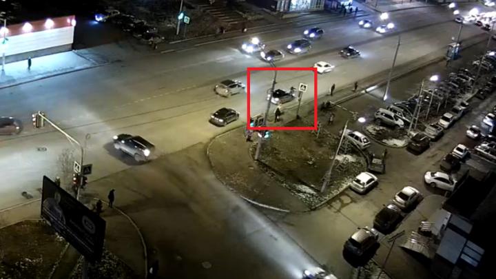 Подростка из Уфы сбила машина на «зебре»