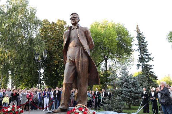 Церетели изваял Шостаковича без прикрас