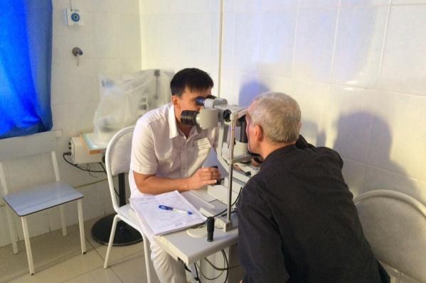 Валерий Сорокин потерял зрение одного глаза еще десять лет назад, а три года назад начались проблемы и со вторым
