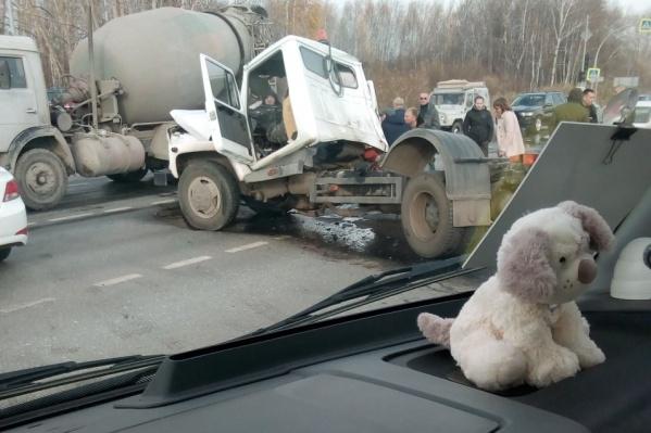 Авария случилась на перекрестке объездной с улицей Барнаульской