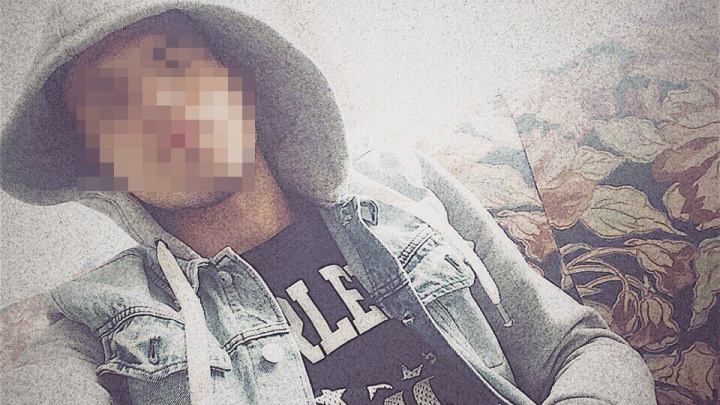 «Девки там испорченные»: бабушка учителя, подозреваемого в педофилии, рассказала о его школе