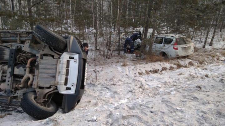 Курганские спасатели вытащили водителя из искореженного автомобиля
