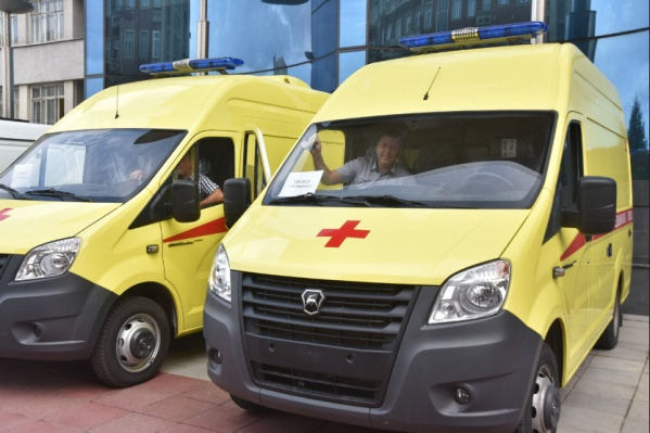 В августе медики региона получили 8 новых машин скорой помощи