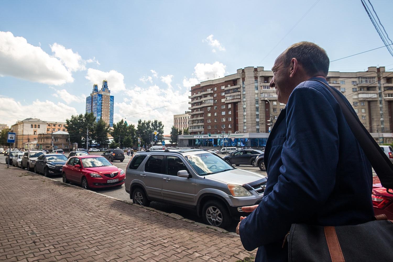 «Дикий» рынок сложно унять регулированием, зато он может дать городу узнаваемый силуэт из небоскрёбов