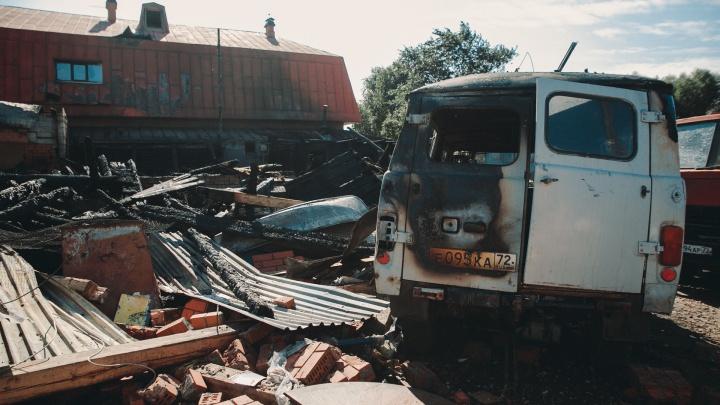 Хроника трагедии в Боровском, где от взрыва газа погибли дедушка и 10-летняя внучка