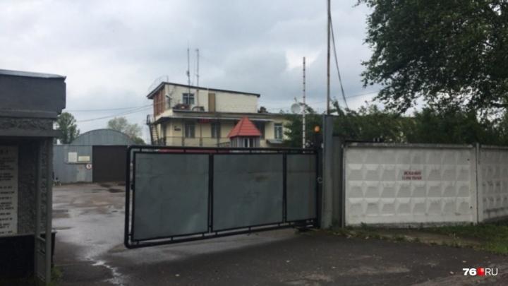 Экс-начальника пыточной колонии из Ярославской области суд отпустил домой
