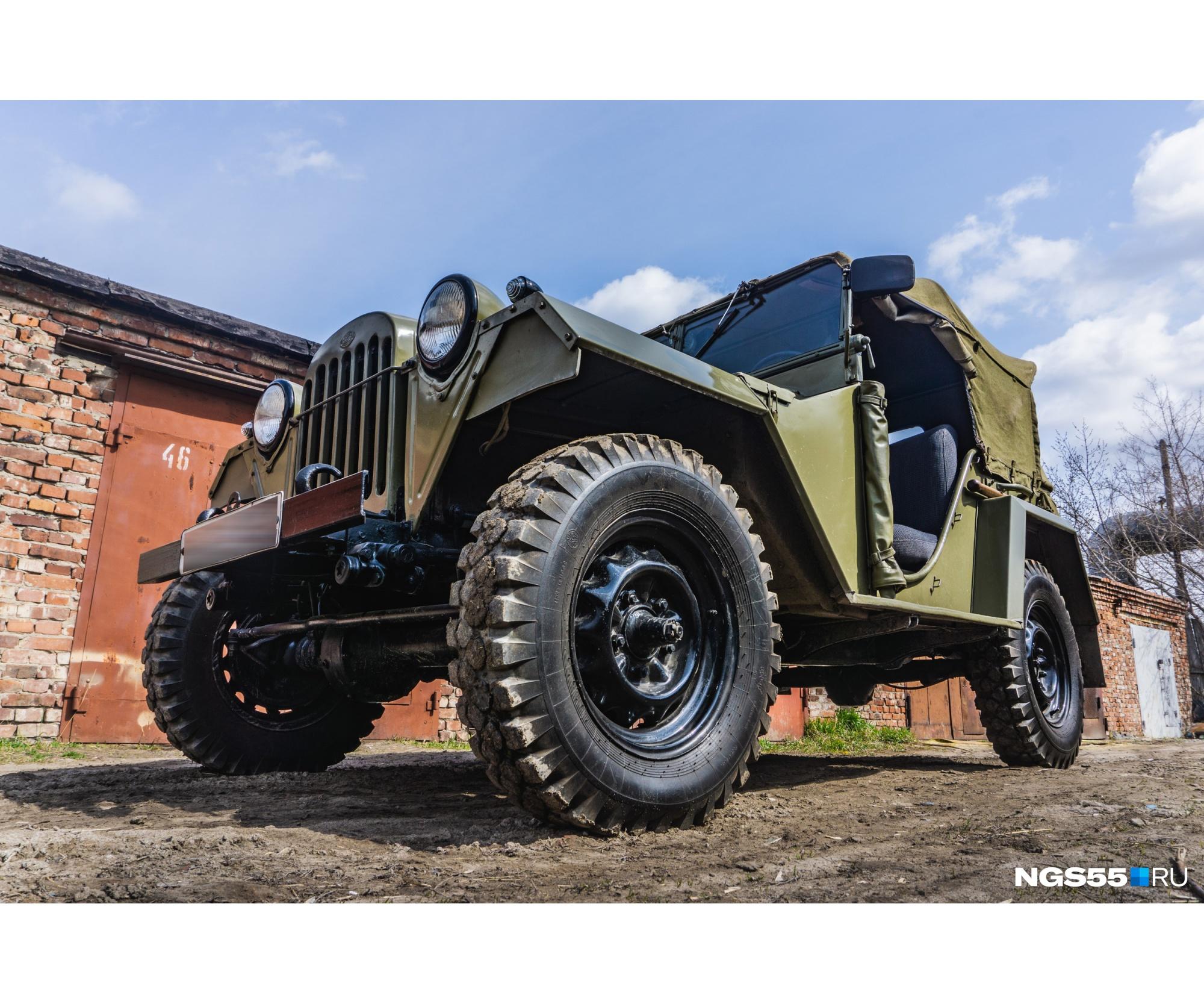 Родоначальник ГАЗ-64 не вписывался в колею «полуторки», поэтому мосты 67-й машины расширили