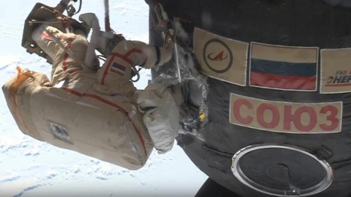 Екатеринбуржец Сергей Прокопьев вернулся из открытого космоса на МКС
