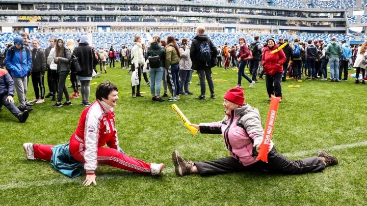 Пенсионерки на шпагате и тренер Тина Канделаки: фоторепортаж с форума «Россия — спортивная держава»