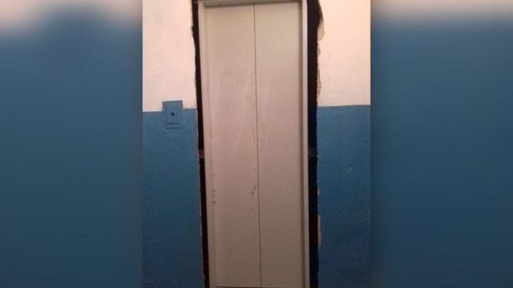 Челябинцам пересчитают плату за обслуживание лифтов