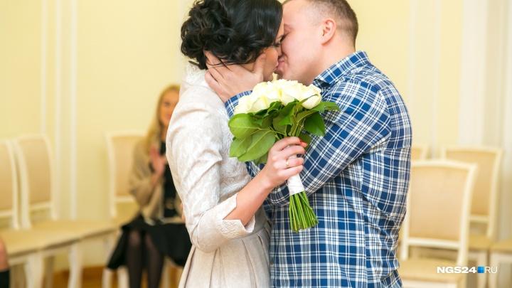 Как необычно сделать предложение девушке: 8 способов с бюджетом от 0 до 12 тысяч рублей
