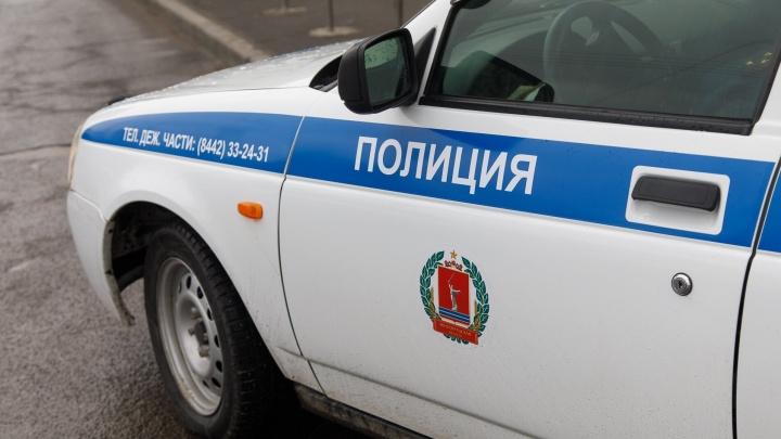 «Умер на месте аварии»: в Волгоградской области водитель микроавтобуса задавил пешехода