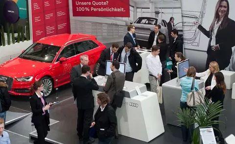 Не для галочки: екатеринбургский автодилер устроит свои выборы