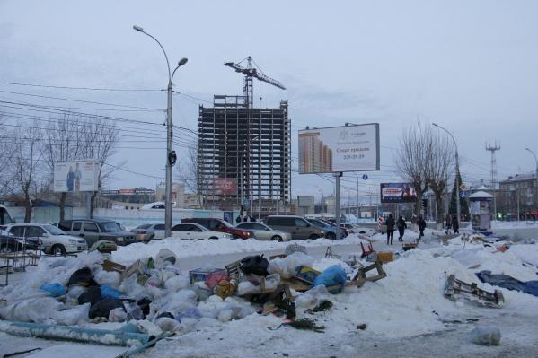 От ярмарки остались только мешки с мусором, которые должны убрать в ближайшее время
