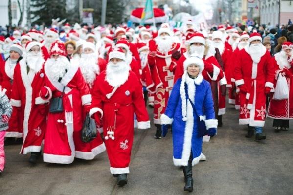 Колонна новогодних волшебников пройдёт по улице Крестовой
