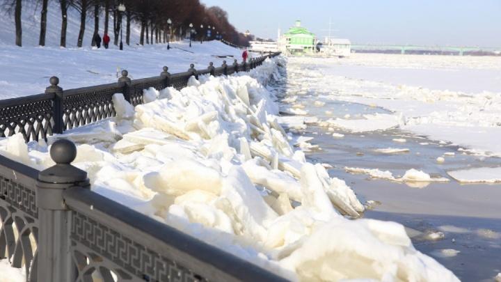 «Приходилось заставлять работать»: в МЧС предъявили претензии к действиям властей во время потопа