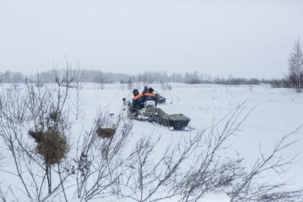 В поисках участвовали восемь человек и пять единиц техники, включая два снегохода охотоведов