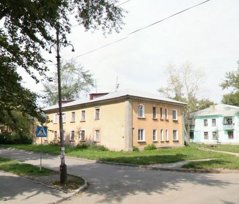 В квартале улиц Ереванской, Новороссийской и Лизы Чайкиной сейчас стоят старенькие дома