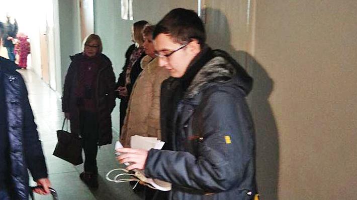 Владимир Жоглик уже давно окончил школу и сейчас учится в НГТУ