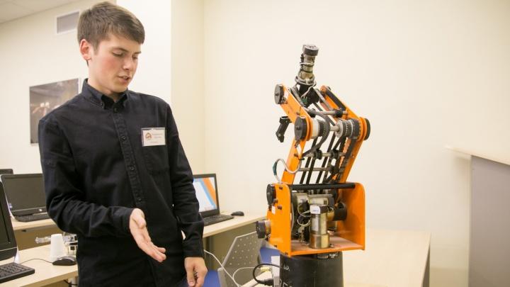 Восстание машин: в УГМК показали изобретения, которые смогут заменить ручной труд