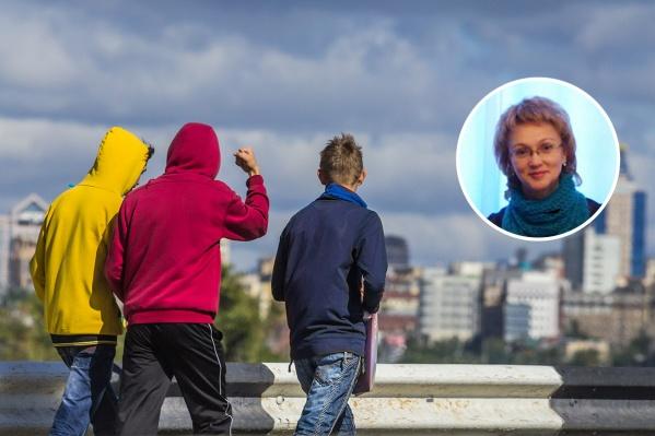 Марина Самойлова считает, что главная задача родителей — создать правильную атмосферу в семье. Ребёнок должен доверять им, но при этом не забывать об уважении