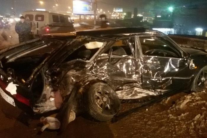 Авария на проезде Энергетиков произошла в 21:25