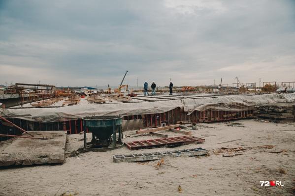 Клеверную развязку на Дамбовской планируют сдать раньше предусмотренного контрактом срока