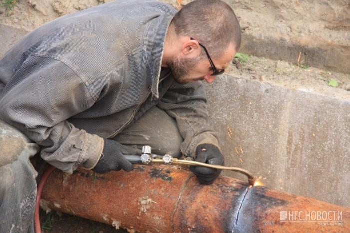 Этим летом горячую воду в Новосибирске отключают на более короткие сроки, считают в СГК