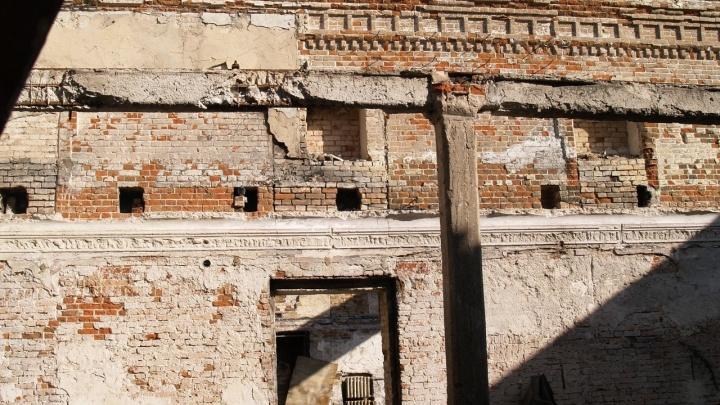 Старейшее здание Урюпинска хотят снести ради парковки