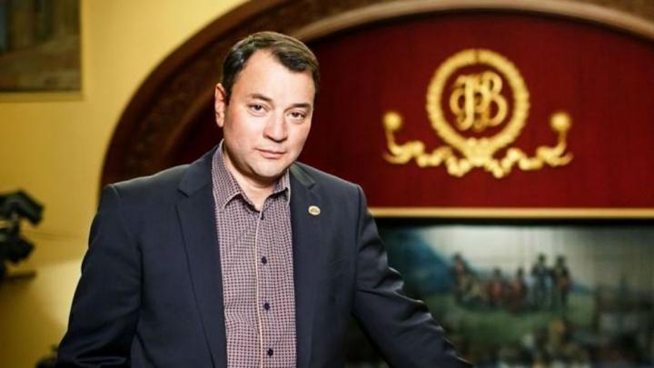 «Это было трогательно»: экс-директор Волковского театра Юрий Итин приехал в Ярославль