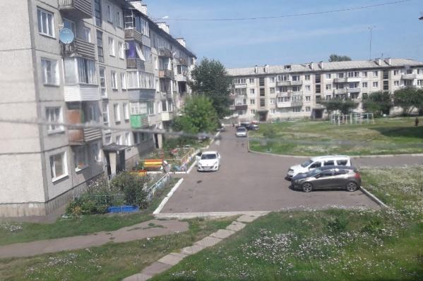 Выпускникам педагогических вузов при трудоустройстве в Железногорске выдают в коммерческий найм квартиру