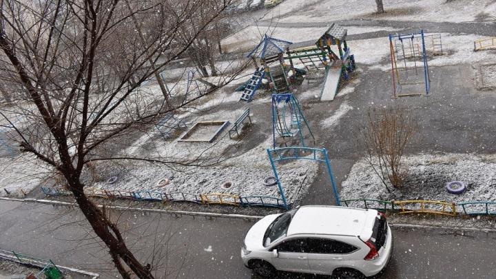 За месяц до лета: в Учалах выпал снег