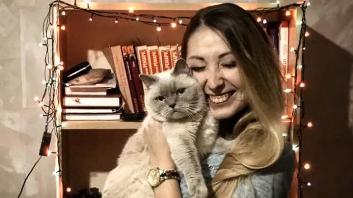 Никогда тебя не брошу: новосибирцы подключились к флешмобу о любимых котах и собаках