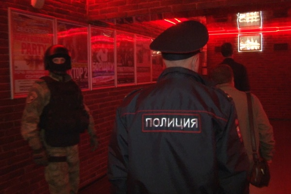 В рейде участвовали полицейские и бойцы подразделения «Гром»