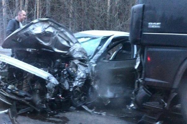 Водитель ВАЗа выехал на встречку при 150 км/ч и погиб