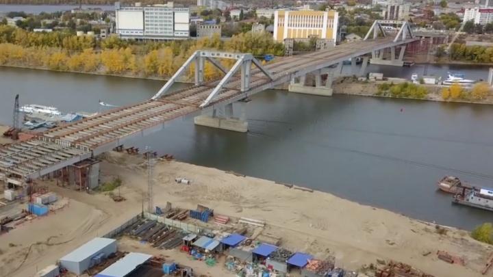 Фрунзенский мост соединил два берега реки Самары