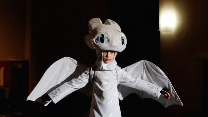 Единорожка, платье-карусель и «Холодное сердце» по-архангельски: а вам слабо сделать такие костюмы?