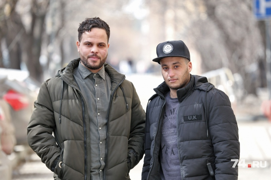 Уроженцы Алжира познакомились, приехав в Челябинск
