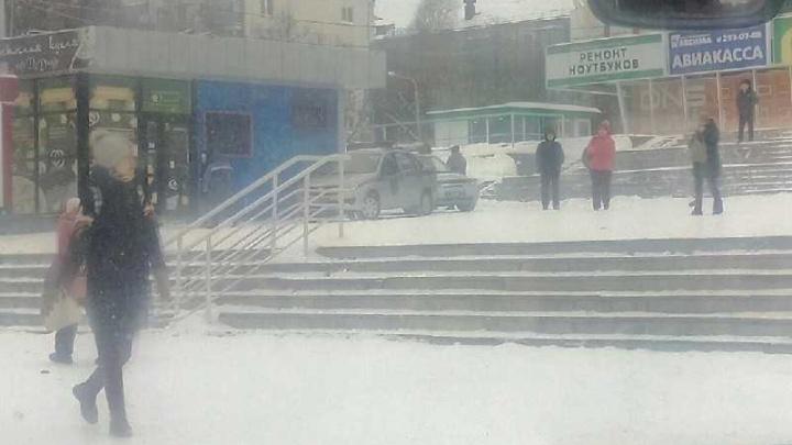 Кто заминировал три магазина и Минздрав: в ФСБ объяснили причину массовых эвакуаций в Уфе